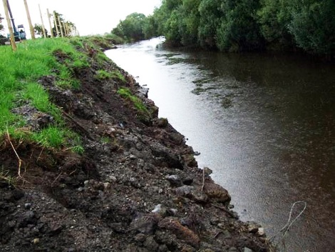 Upper River Boyne. Banks in this area have been destabilised as a result of these counter-productive OPW drainage maintenance works.